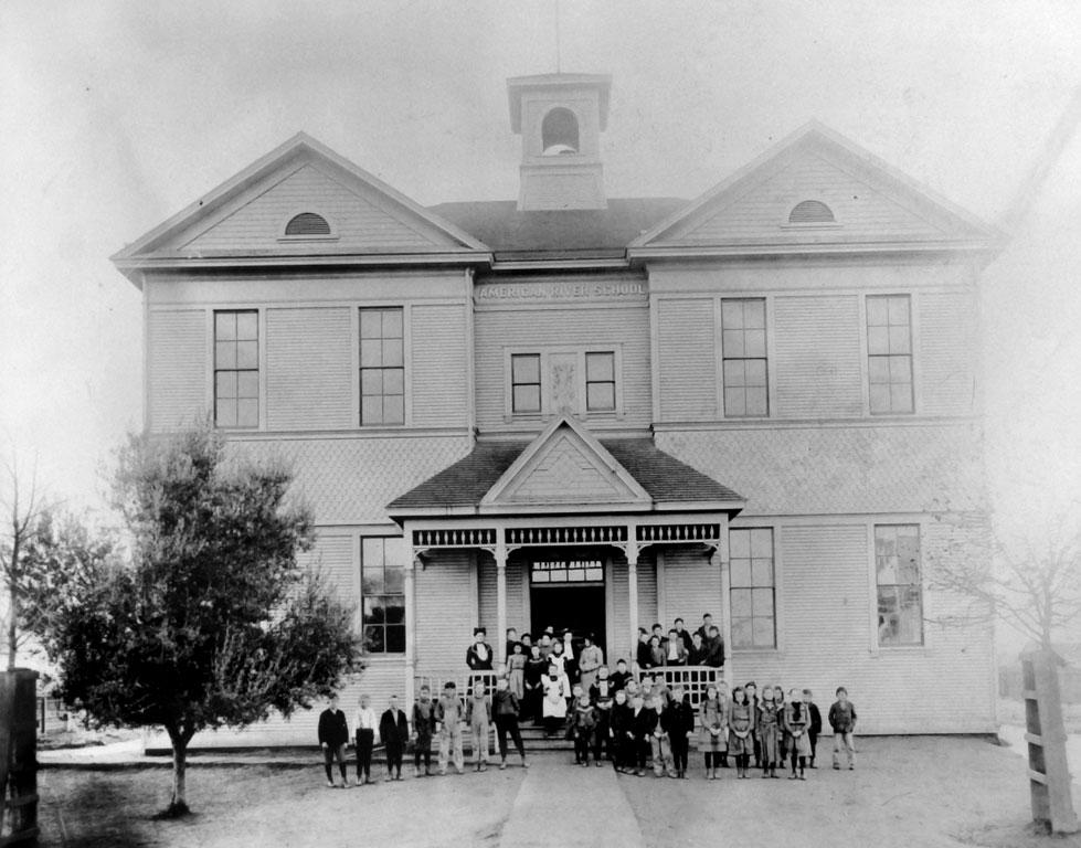 American River School opened in 1860 at the corner of 39th and J streets.