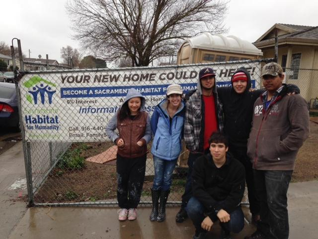 Image of West Campus students volunteer with Habitat for Humanity