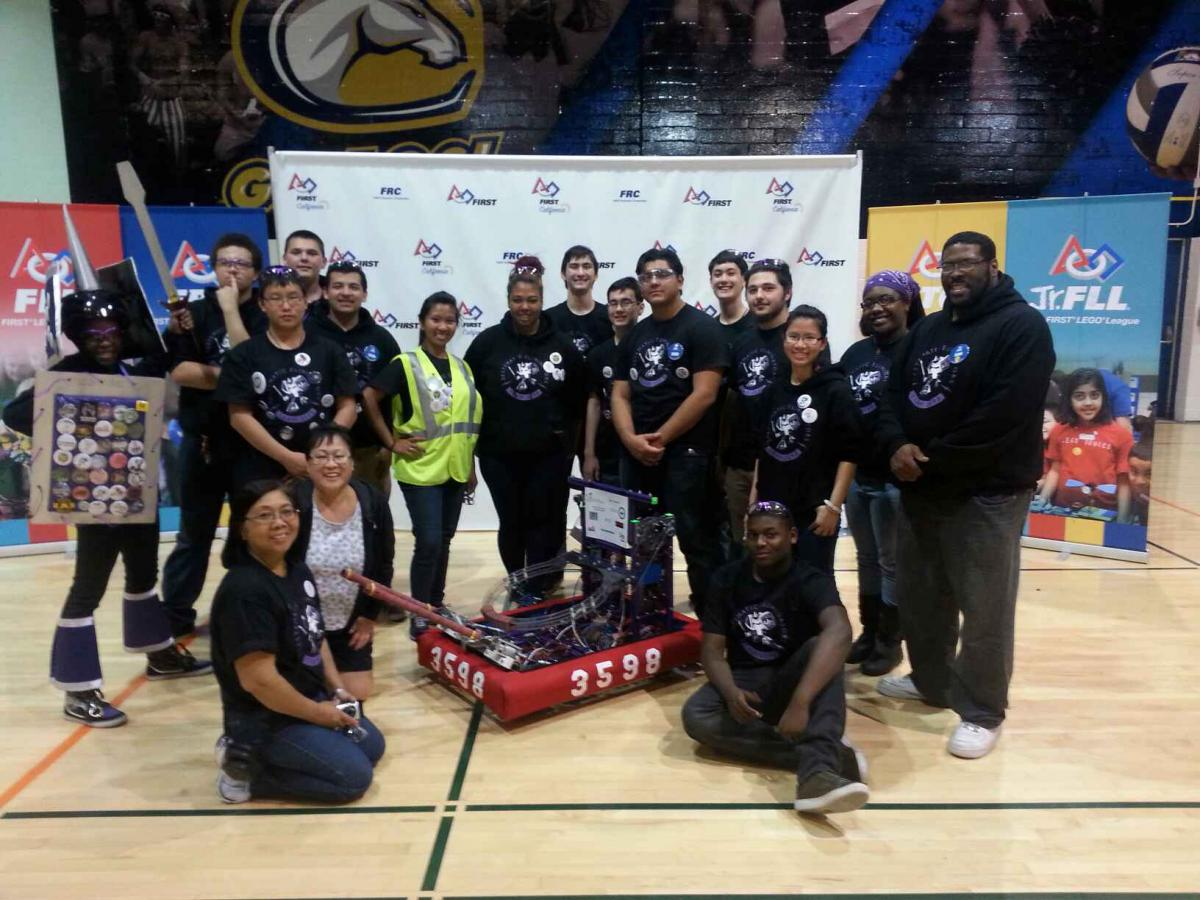 Image of SCUSD teams shine at NorCal FIRST Robotics Competition