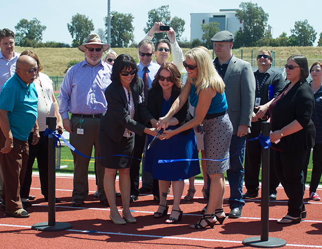 Image of SCUSD cuts the ribbon on new Rosemont track and field