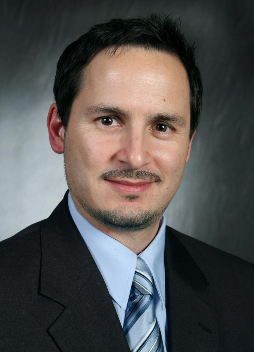 Image of Gustavo Arroyo