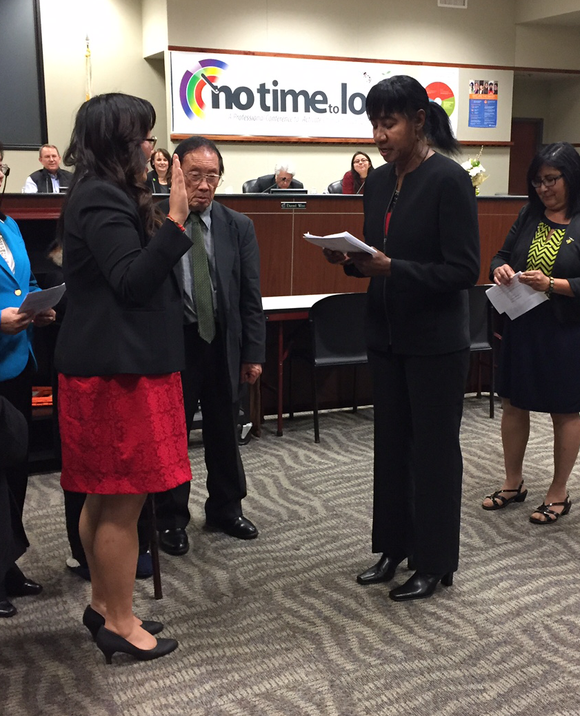 Vang takes the oath